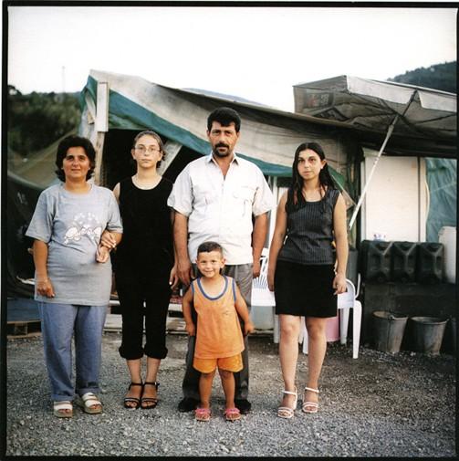 http://www.kristofguez.com/files/gimgs/th-82_famillegüler2_v2.jpg